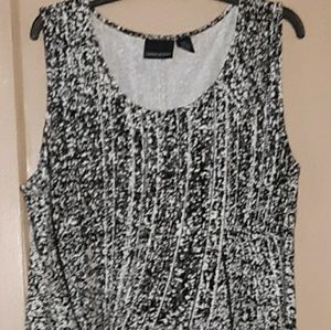 Black/white dress size 2XL